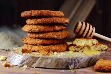 Biscotti miele e grano saraceno
