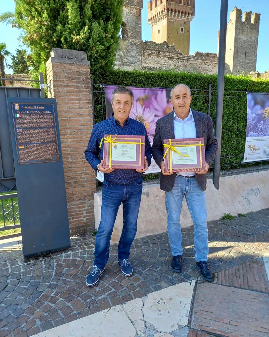 Concorsi nazionali 2021: grandi premi e riconoscimenti per l' Apicoltura Delizie dell'Alveare